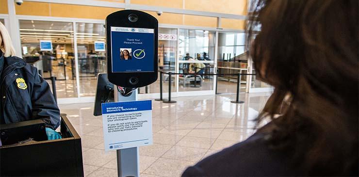 Delta lanza la primera prueba de identidad digital doméstica en los EE. UU.